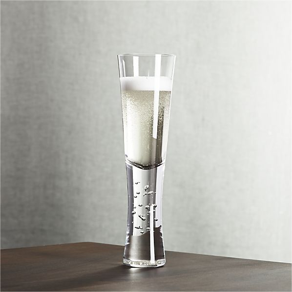 Crate & Barrel Verve Champagne Glass 01