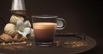 Nespresso Christmas Pod 03
