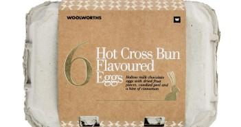 Woolworths Hot Cross Bun Flavoured Egg 200g